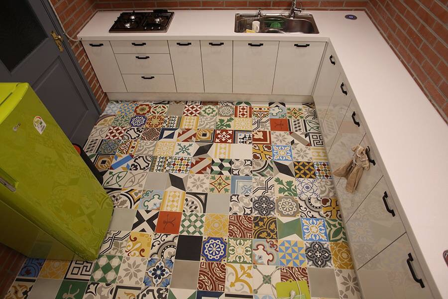 Choosing bathroom tiles - as small as a rabbit