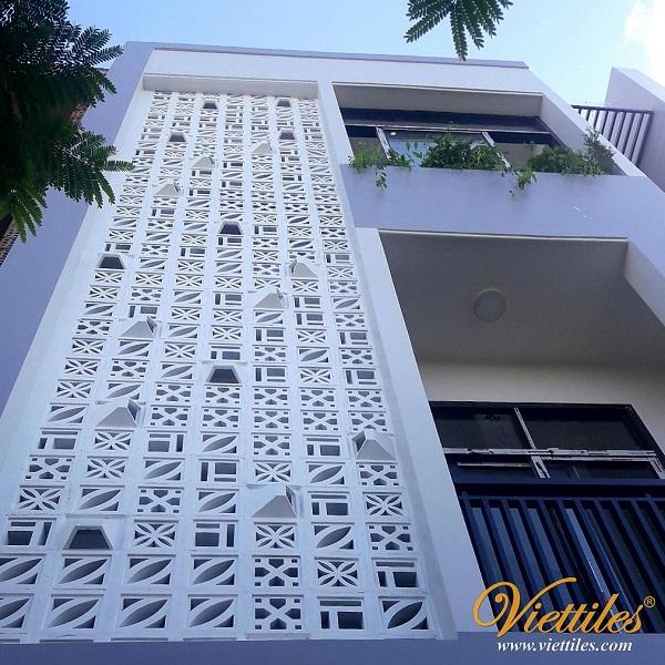 Unique facade with wind cotton tiles