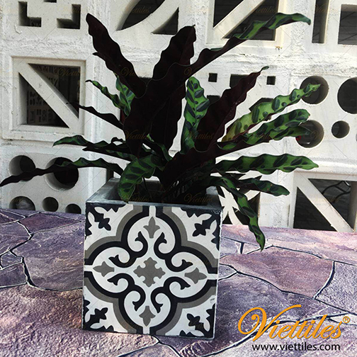 Cement tile flower pot 15x15